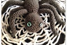 crochet animals/insects / by Pam Munson O'Brien