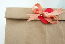 Wrapping - mooi verzenden / Ideas and inspiration for wrapping and sending lovely packages