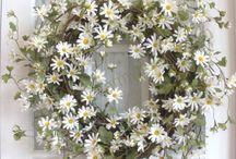 Ovikoristeet / Wreaths