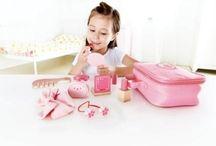 Pikku prinsessalle / Ihanalla pikkutytölle ihania lahjoja!