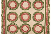 Red & Green Quilts / by Tara Darr