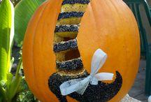 Pumpkin carving / by eileen Jasso
