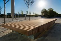 Stockley Park Project (Uxbridge) / ESA Architecture's set of four eye-catching benches. The benches were installed in the entrance plaza of the newly re-developed Bower building on the prestigious Stockley Park business estate, Uxbridge