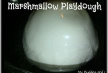 Play Dough / Recipes and creative play ideas for homemade play dough. / by Rainey Day Play