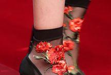 κάλτσες παπούτσια