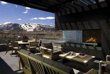 Moderne Concrete House Umgeben von schönen Natur - Red Mountain House