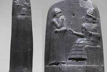 Objetos que cambiaron la Historia / Recopilación de fotografías de los objetos más importantes de la Historia.