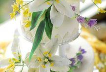 Flori marțipan pe sârmă