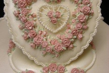CAKES / by Michelle Celliers