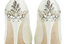 N. cipő