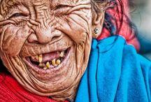 LIDÉ stáří a smích
