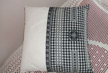 coussin broderie suisse