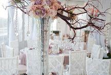 Centerpiece Idea's / Wedding Centerpiece Idea's / by Lakeside Weddings