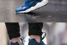 Shoegasm / Shoes