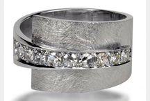 Modern ring