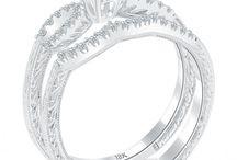 Beautiful Bridal Sets / by Liori Diamonds