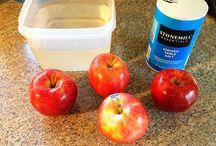 Cooks Handy Hints / by Lynn Ramsey