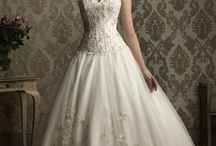 Fantasy Wedding Ideas :) / by Megan Yee