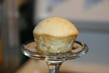 Photography - Food photography ideas / Shot a cupcake on the bottle of an overturned wine glass!