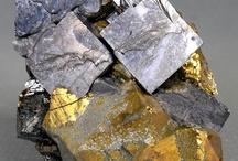 Galène (Groupe) / Galène, Alabandite, Oldhamite (Sulfures),  Altaite,  Borovskite (Tellurures), Clausthalite (Séléniure)
