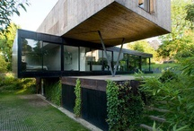 Cool house / by Victoria Fredericks