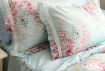 shabby chic  / by Daisy Cook