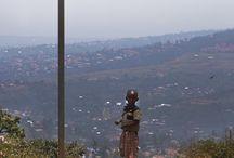 Vivir en Rwanda / Living in Rwanda / Vivir en #Ruanda: primeros pasos. Lo que necesitas saber para mudarte al corazón de #África! www.espressofiorentino.com Living in #Rwanda: first steps. What you need to know to start living in the very heart of #Africa! / by Espresso Fiorentino