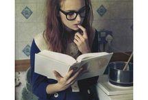 As pessoas deviam ler mais, buscar mais, não só sentar e esperar. Ser inteligente muda tudo!!