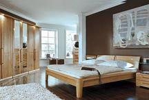 Elisabeth Interiors / Inspiracją firmy Elisabeth Interiors są stylowe, wygodne, przytulne i ponadczasowe wnętrza. W ofercie są meble wykonane z drewna litego, płyt okleinowanych najlepszymi gatunkami naturalnych fornirów w zależności od potrzeb uzupełnione szlachetnymi tkaninami i dodatkowymi najwyższej jakości materiałami wykończeniowymi, wyprodukowane przez polskie fabryki mebli.