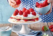 Erdbeer-Saison / Lange mussten wir warten, nun sind sie endlich wieder da: einheimische Erdbeeren! Unsere Spitzenköche haben sich sofort ans Werk gemacht und wunderbar fruchtig-süsse Rezepte für euch kreiert.