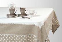 Toalhas de mesa com patcwork e barra mitrada