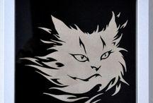 Katten, Cats / Katten, Cats  Gezaagd uit 9 mm dik berken multiplex.  Prijs is inclusief ingelijst in lijst 23 x 23 cm met ophangpunt