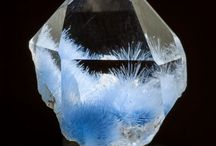 """Cristale DiEla Art - Crystals and Gems by DiEla Art / Cristale DiEla Art - Crystals and Gems by DiEla Art   http://dielaart.weebly.com/  """"Compozitor, sculptor, pictor, poet, învăţat, mistic, profet, aceştia sunt făcătorii lumii de după această lume, arhitecţii Paradisului."""" James Allen"""