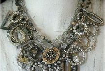 bracelets.necklaces.earrings.accessories love / by Susan Kincaid-Misthos