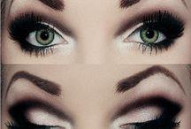 Make up / by Daniela Verrone