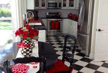 fekete fehér piros