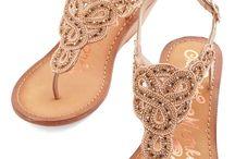 sandals / by Ramonik Ramona