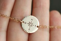 Compass Bracelet, Traveler Bracelet, Gold Compass Pendant, Hiker, Explorer, Not all who wander are lost, Long Distance, Journey, Best Friend