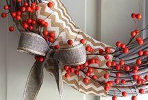 Crafts: Wreaths / by Gina Bergin