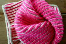 Gorgeous Knits - Scarfs / Cowls / Mittens