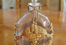 perfume bottles / perfume bottles