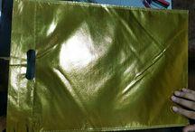 metallic non woven d- cut bag