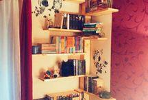 Könyvespolcok / Bookshelf