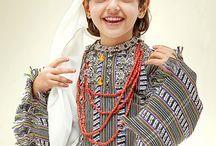 Kostümvorlagen Frauen der Stämme und des Volkes