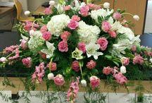 Med arrangements for coffins