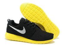 nike roshe run homme noir / chaussures nike roshe run anti-fur homme noir/blanc,gris,rouge,bleu,jaune,jaune citron  http://www.larosherun.com/Chaussures-Nike-Roshe-Run-Homme-Pas-Cher