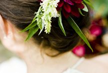Hair Flowers / Fashion forward hair flowers to admire and inspire