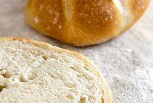 backen - Brot Brötchen  und herzhaftes  Gebäck