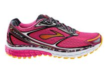 Running Shoes / We're shoe-crazy here at Fleet Feet Sports Stamford! Check out the latest trends, all in-stock!