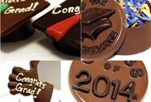 Graduation / Grads love chocolate: Chocolate fountains, favors, lollies and cake pops - decorated in school colors.